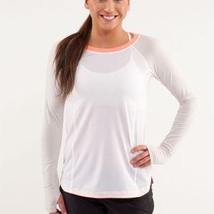 Lululemon Run: Turn It Up Long Sleeve Size 2